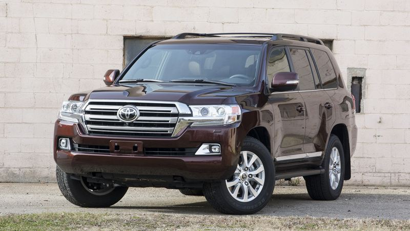 toyota-land-cruiser-2016-1