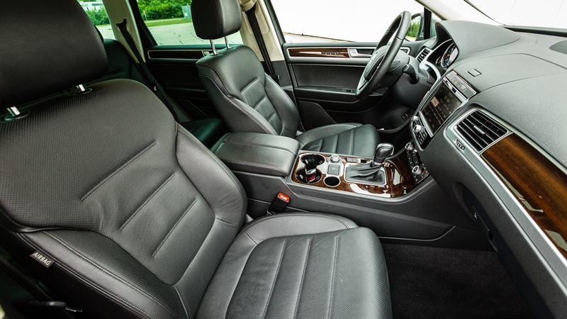 Thiết kế nội thất Volkswagen Touareg Ít bóng nhưng đầy tinh tế