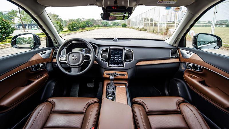 Khuyến mãi Volvo XC90 2020 - Tặng 50% phí trước bạ, voucher 20 triệu  - Ảnh 4