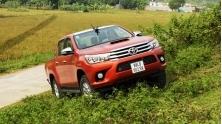 [Autovina] Trai nghiem xe ban tai Toyota Hilux 2016, canh tranh Ford Ranger